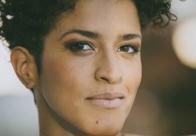 Aline Frazão inaugura ciclo de músicas do mundo Terra na Black Box do CIAJG, em Guimarães, no próximo sábado, às 21h30